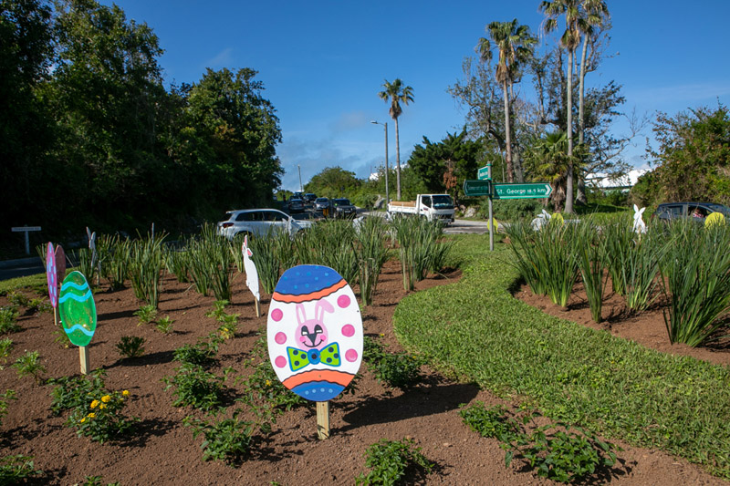 Easter Roundabout Displays Bermuda March 2021 (4)