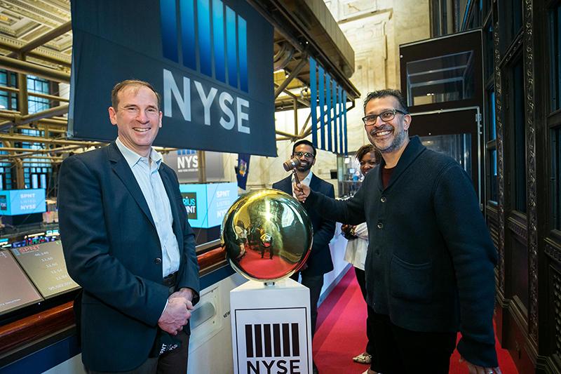 SiriusPoint Rings Opening Bell Of NYSE Bermuda March 2021 1