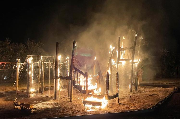 Fire Bermuda Playground April 10 2021  (1)