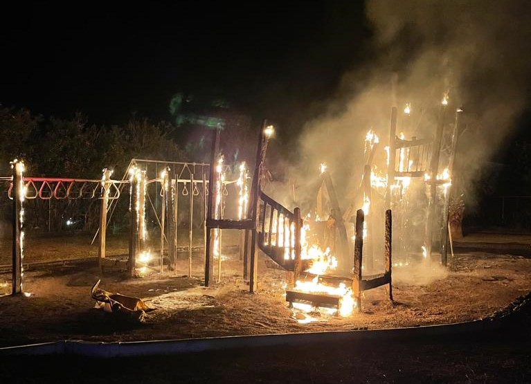 Fire Bermuda Playground April 10 2021  (5)