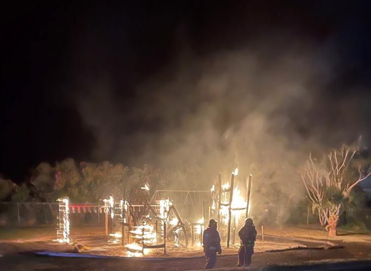 Fire Bermuda Playground April 10 2021  (6)