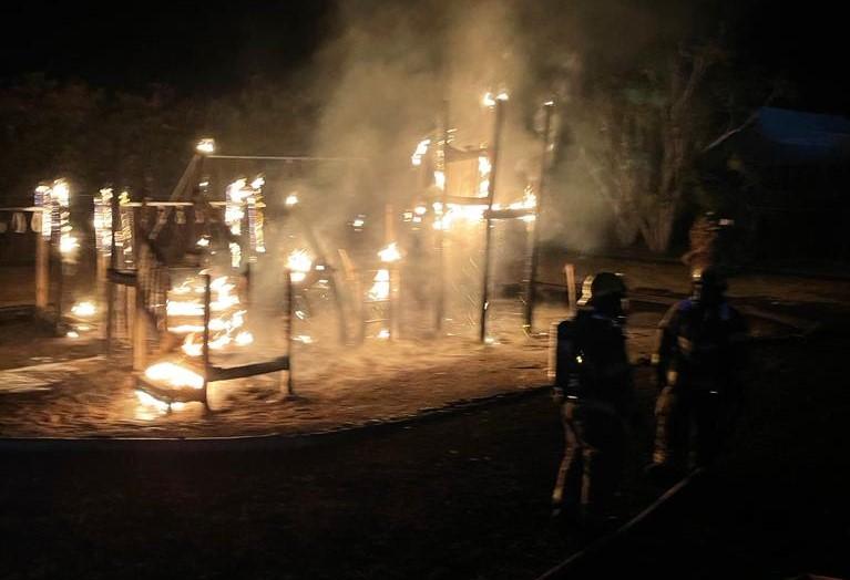 Fire Bermuda Playground April 10 2021  (7)