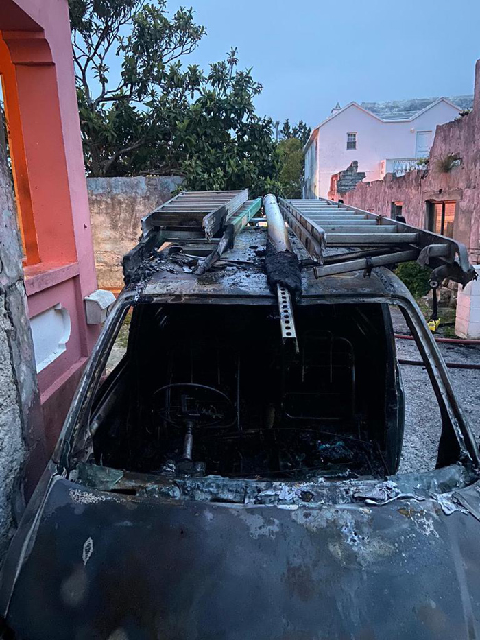 Vehicle Fire Bermuda April 19 2021 (2)