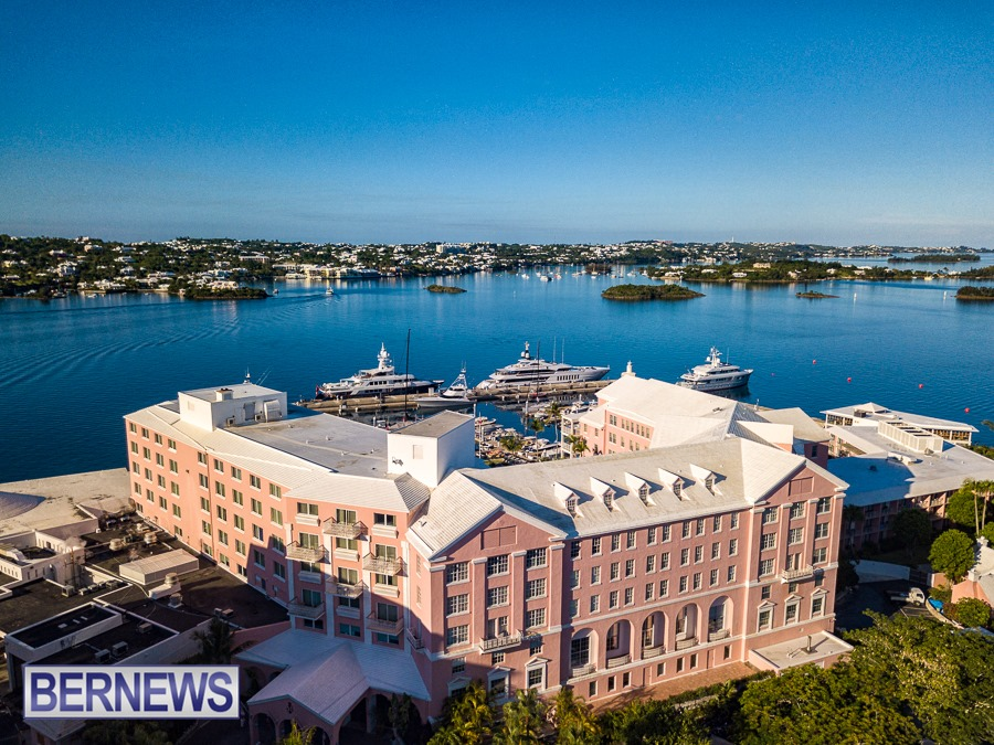 455 - Overlooking the Pink Palace, the Hamilton Princess & Beach Club on a gorgeous Bermuda morning