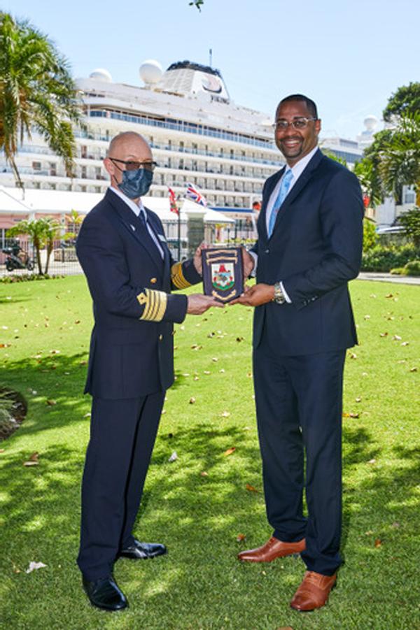 Bermuda Welcomes Viking Orion June 2021 (5)