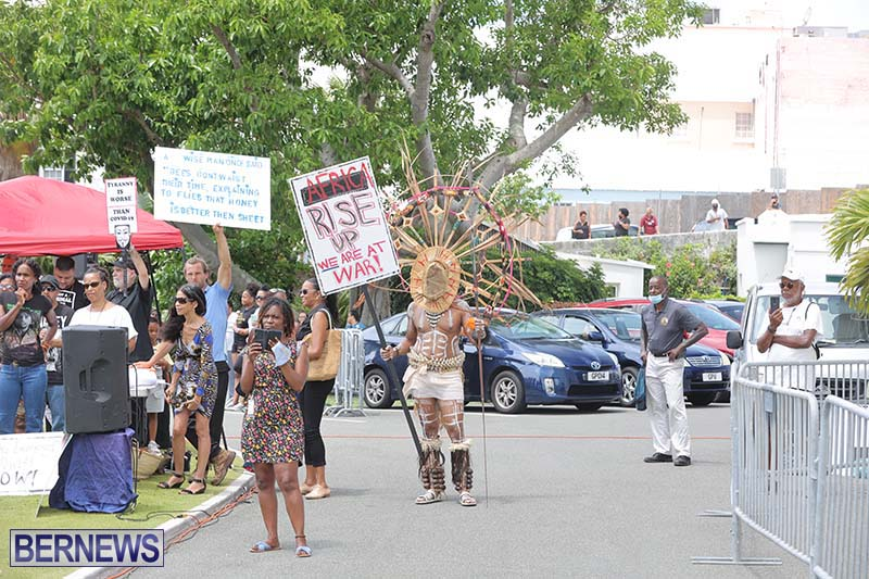 June 2021 Bermuda Protest at Cabinet  (17)