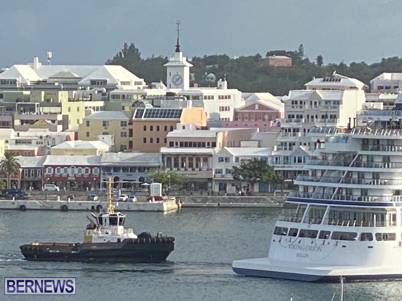 Viking Orion cruise ship entering Hamilton June 21 2021 (1)