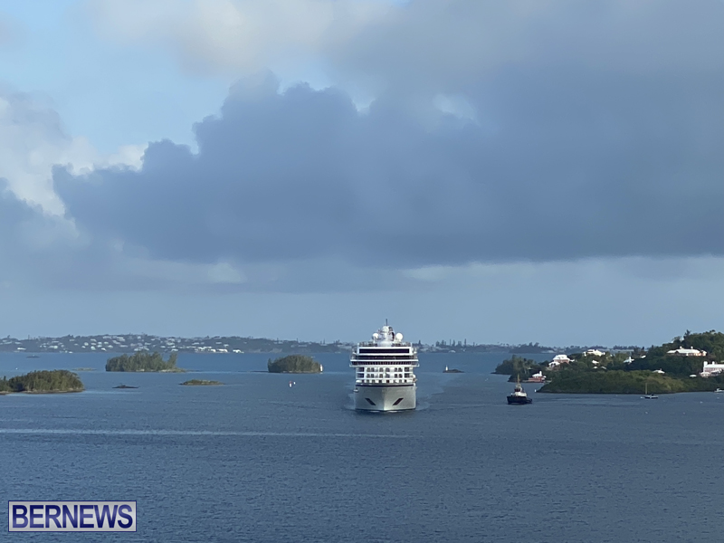 Viking Orion cruise ship entering Hamilton June 21 2021 (2)