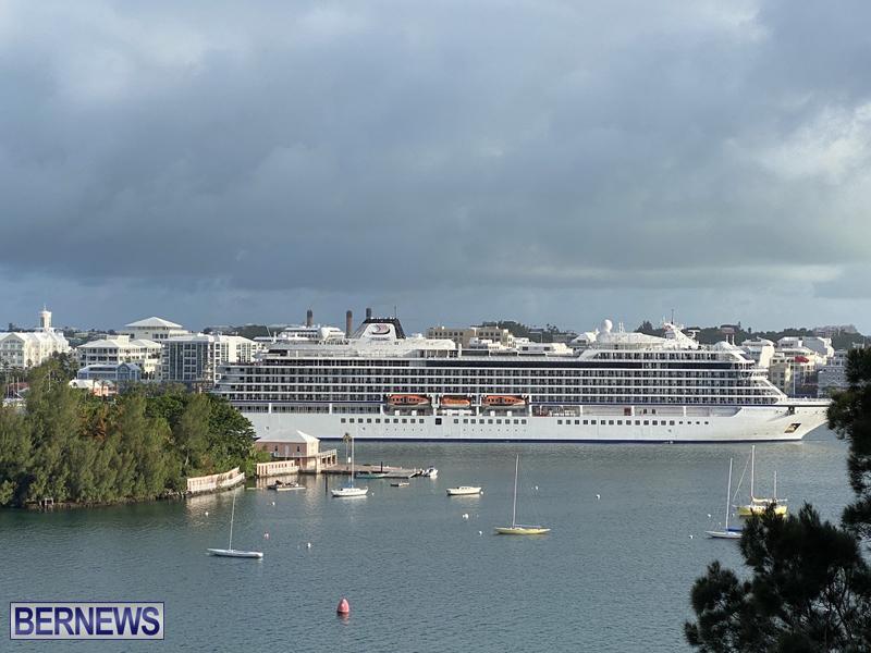 Viking Orion cruise ship entering Hamilton June 21 2021 (4)