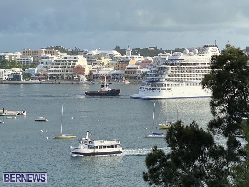 Viking Orion cruise ship entering Hamilton June 21 2021 (5)