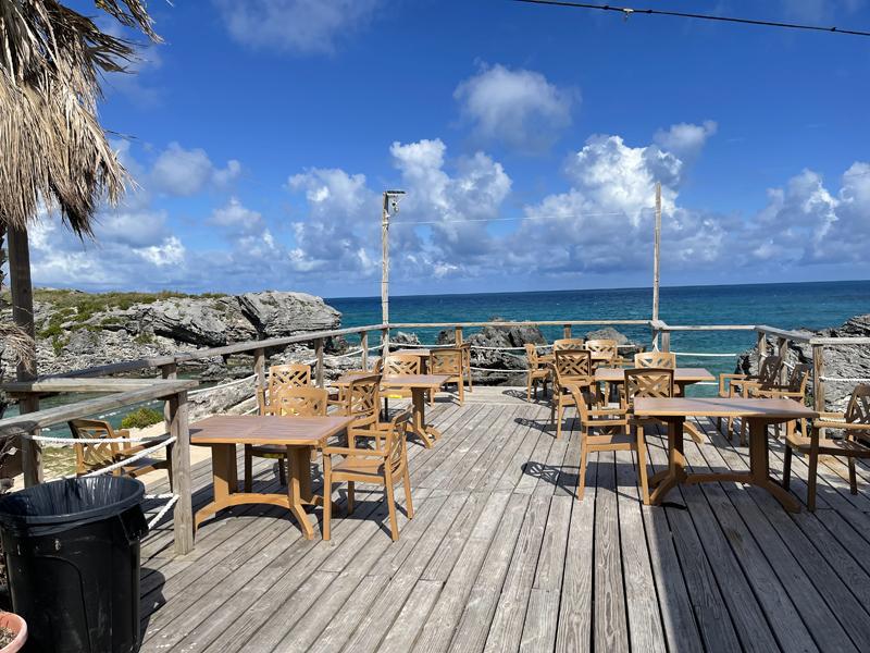 White Horse Pub & Restaurant Bermuda June 2021 (2)