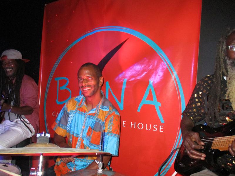Buna Gallery And Coffee House Bermuda July 2021 (5)