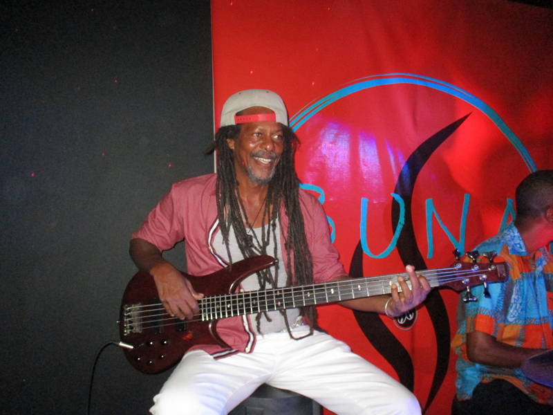 Buna Gallery And Coffee House Bermuda July 2021 (6)