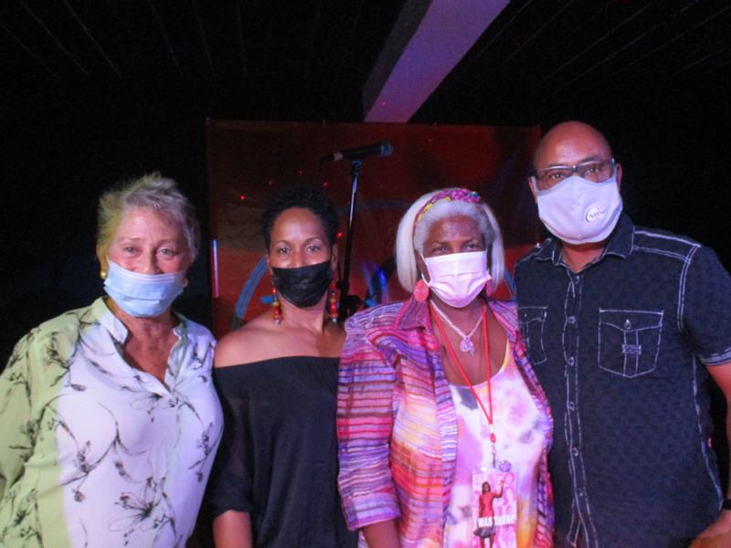 Buna Gallery And Coffee House Bermuda July 2021 (8)