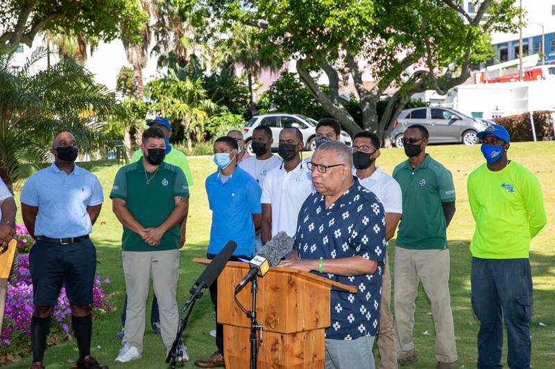 Minister David Burch Certificate Presentation Bermuda July 2021 (3)