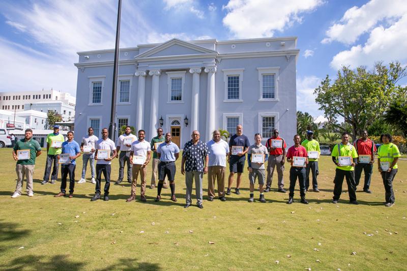 Minister David Burch Certificate Presentation Bermuda July 2021 (4)