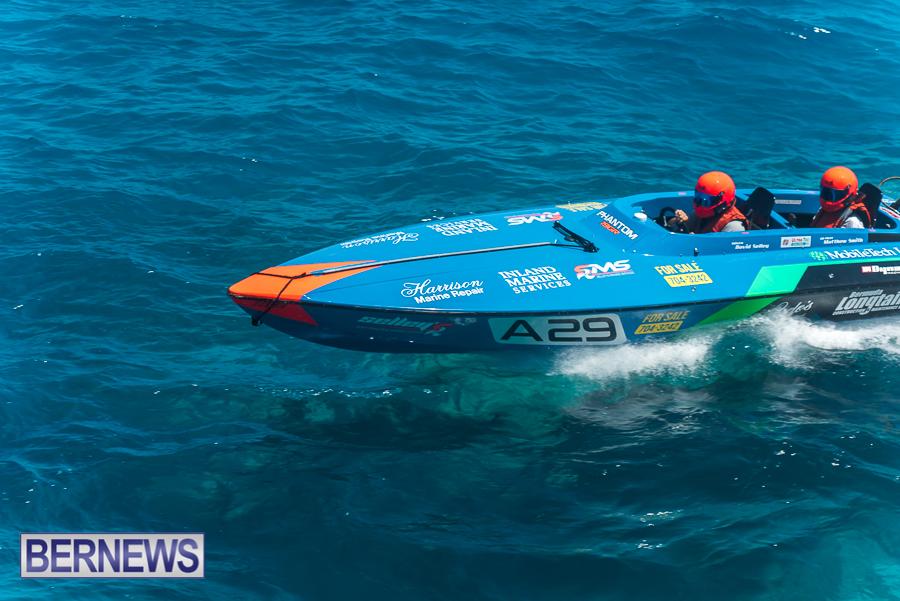 2021-Bermuda-Around-the-Island-power-boat-race-JM-12