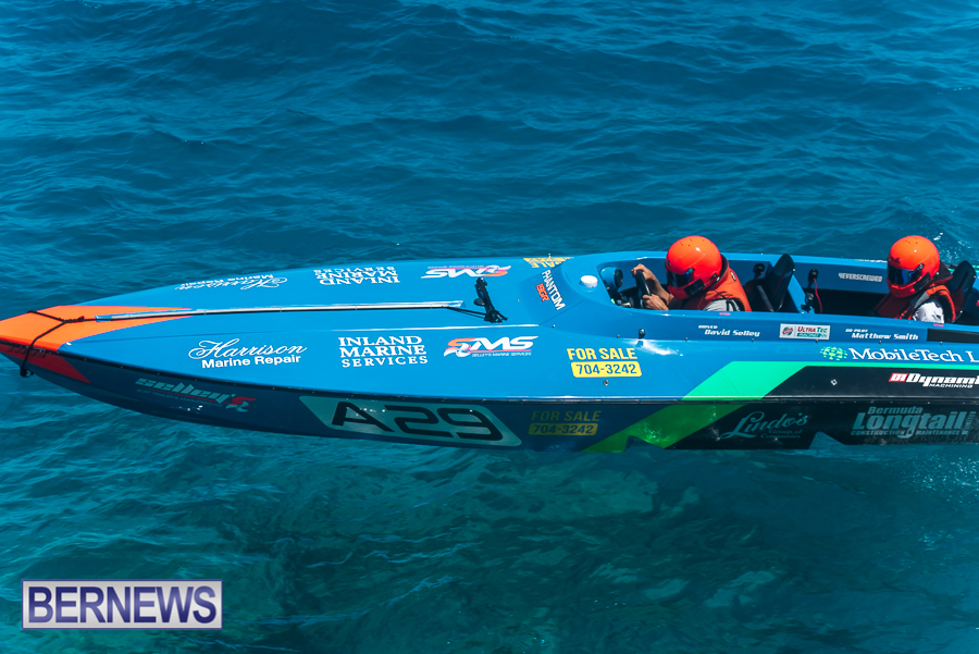 2021-Bermuda-Around-the-Island-power-boat-race-JM-13