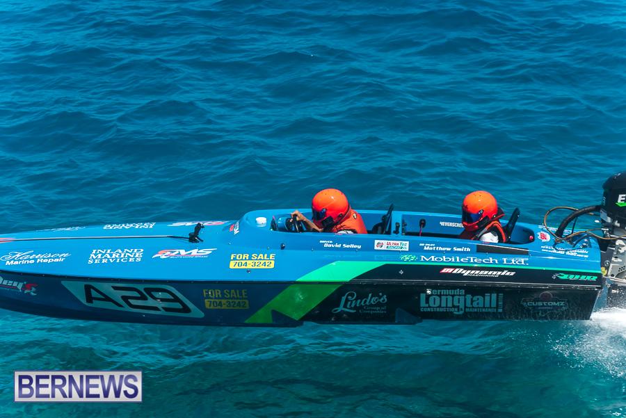 2021-Bermuda-Around-the-Island-power-boat-race-JM-14