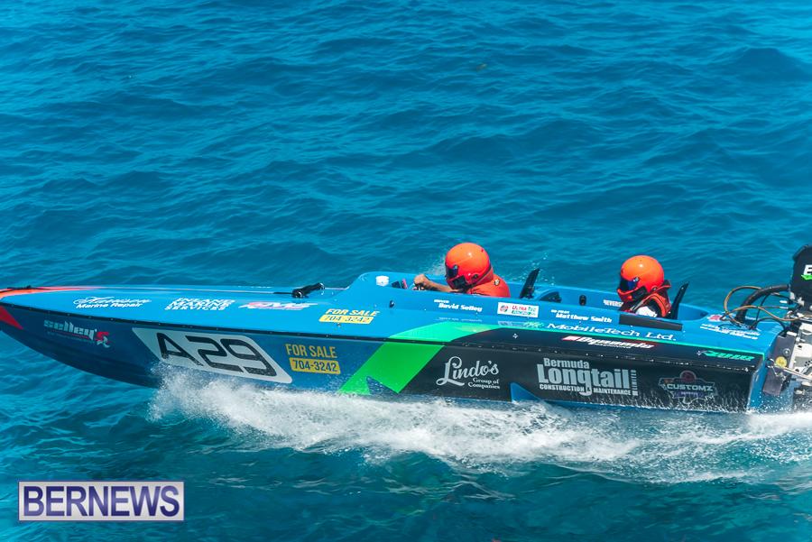 2021-Bermuda-Around-the-Island-power-boat-race-JM-15
