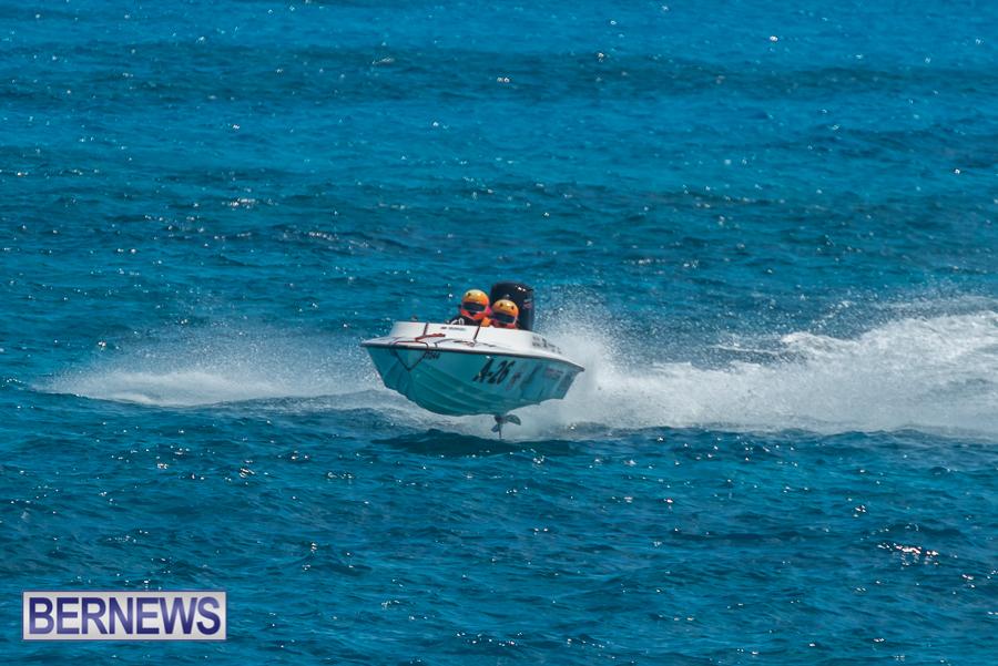 2021-Bermuda-Around-the-Island-power-boat-race-JM-17