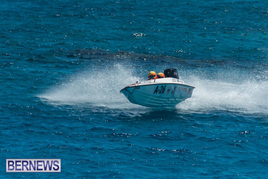 2021-Bermuda-Around-the-Island-power-boat-race-JM-18