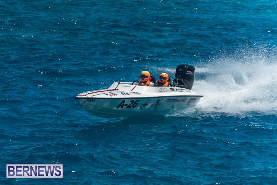 2021-Bermuda-Around-the-Island-power-boat-race-JM-20
