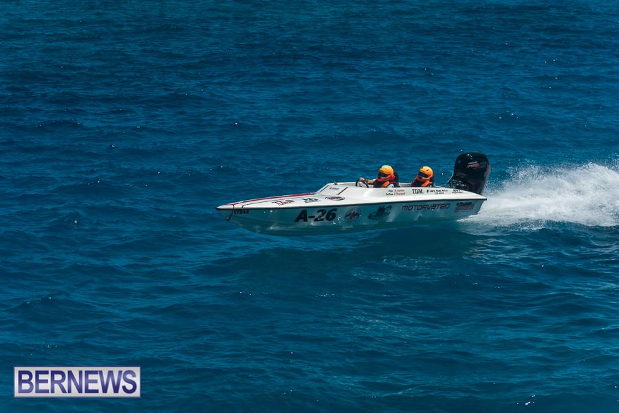 2021-Bermuda-Around-the-Island-power-boat-race-JM-22