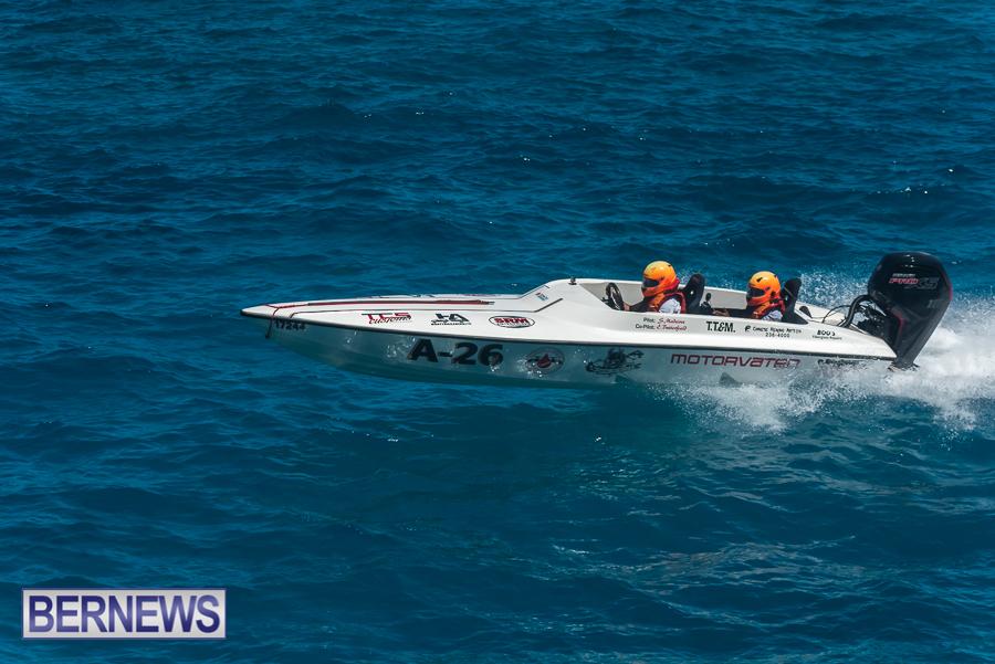 2021-Bermuda-Around-the-Island-power-boat-race-JM-23