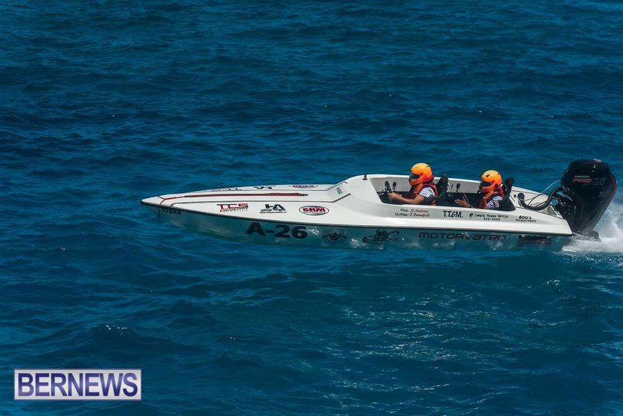 2021-Bermuda-Around-the-Island-power-boat-race-JM-24