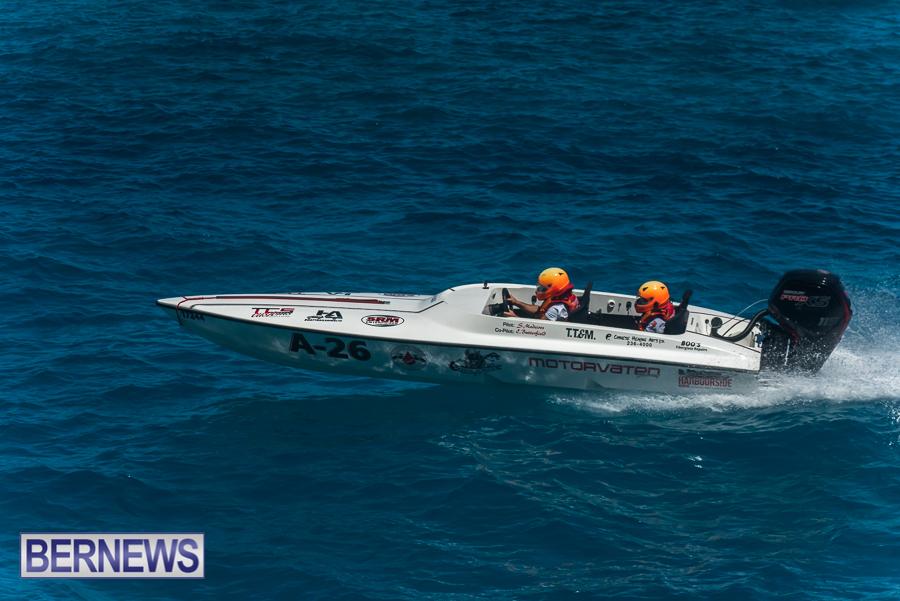2021-Bermuda-Around-the-Island-power-boat-race-JM-26
