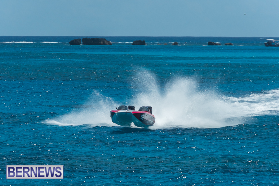 2021-Bermuda-Around-the-Island-power-boat-race-JM-28