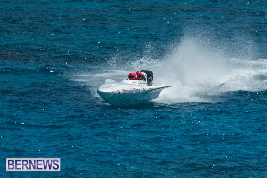 2021-Bermuda-Around-the-Island-power-boat-race-JM-3