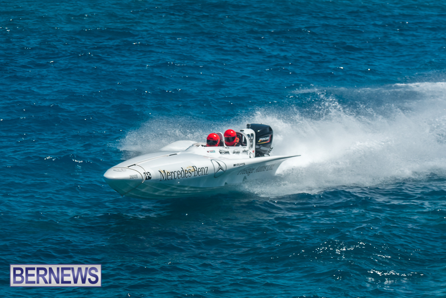 2021-Bermuda-Around-the-Island-power-boat-race-JM-5