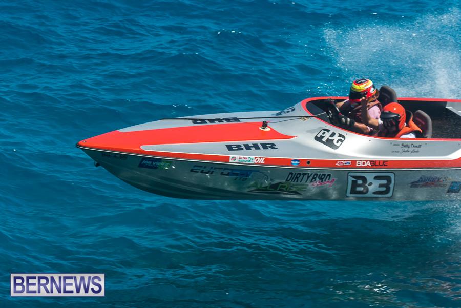 2021-Bermuda-Around-the-Island-power-boat-race-JM-56