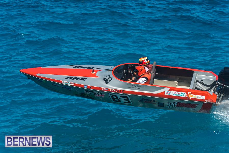 2021-Bermuda-Around-the-Island-power-boat-race-JM-58