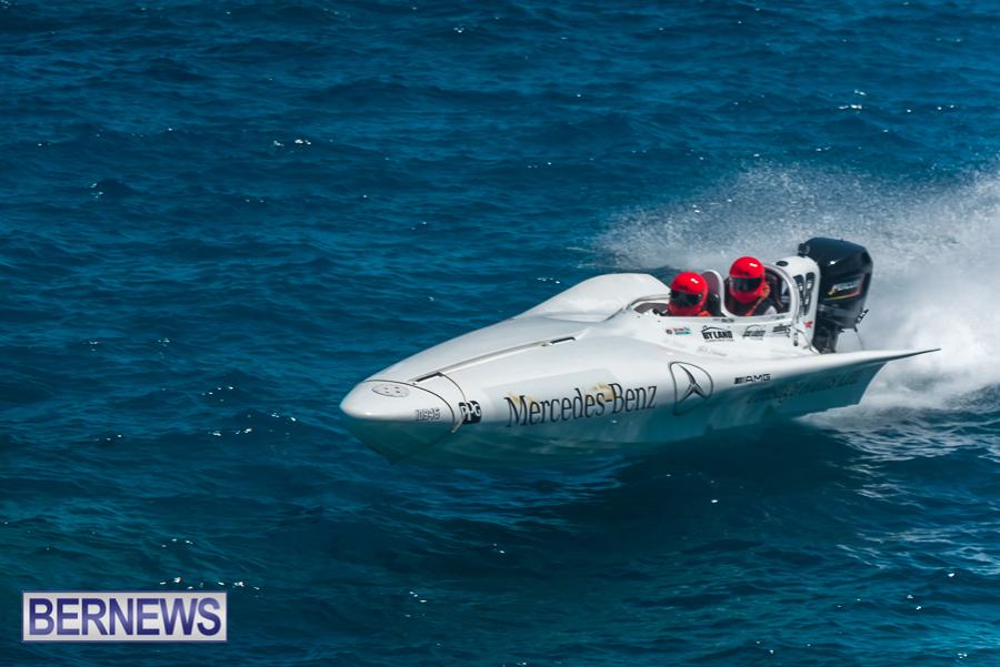 2021-Bermuda-Around-the-Island-power-boat-race-JM-6