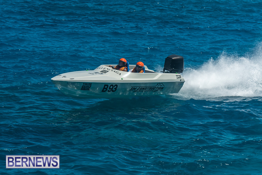 2021-Bermuda-Around-the-Island-power-boat-race-JM-62