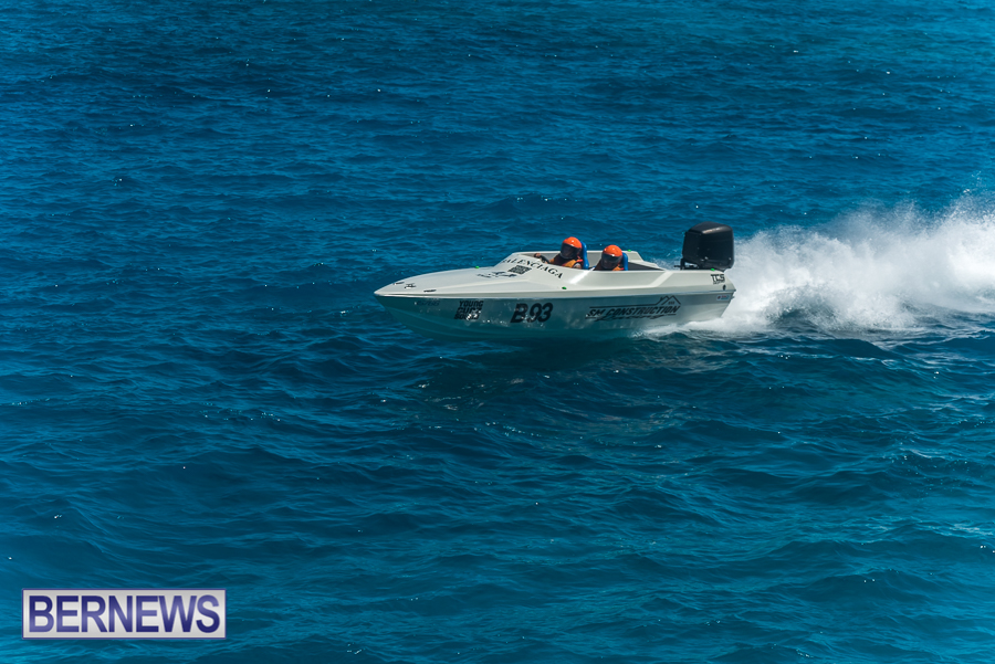 2021-Bermuda-Around-the-Island-power-boat-race-JM-63