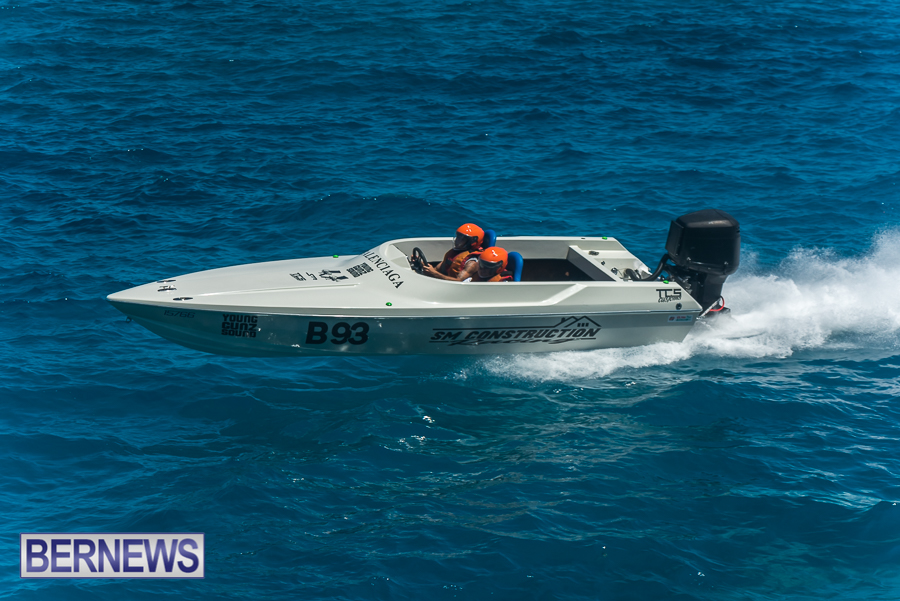 2021-Bermuda-Around-the-Island-power-boat-race-JM-65