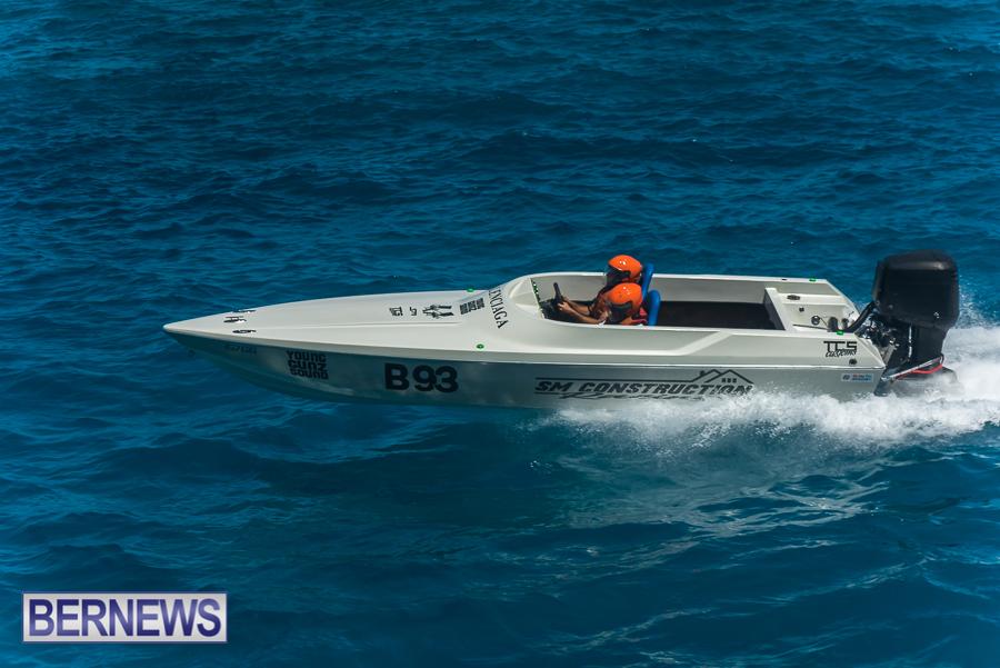 2021-Bermuda-Around-the-Island-power-boat-race-JM-67