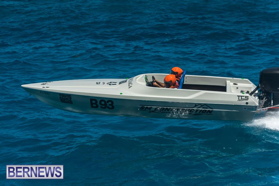 2021-Bermuda-Around-the-Island-power-boat-race-JM-68