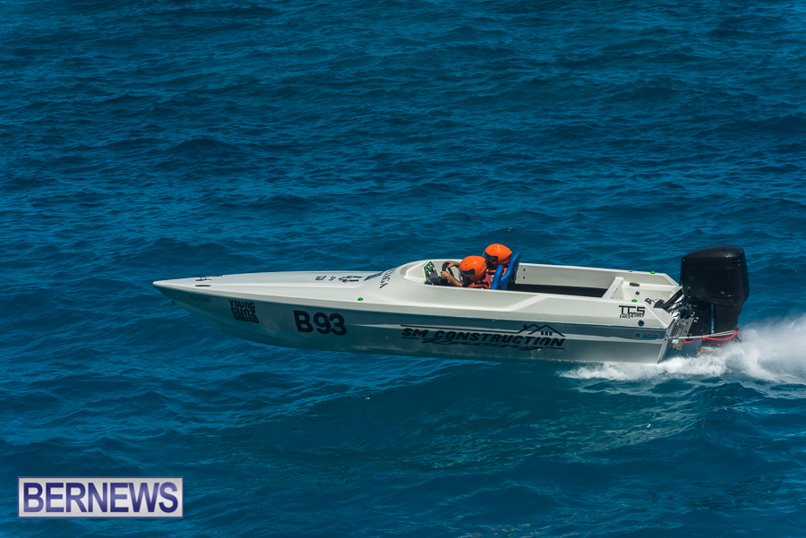 2021-Bermuda-Around-the-Island-power-boat-race-JM-69