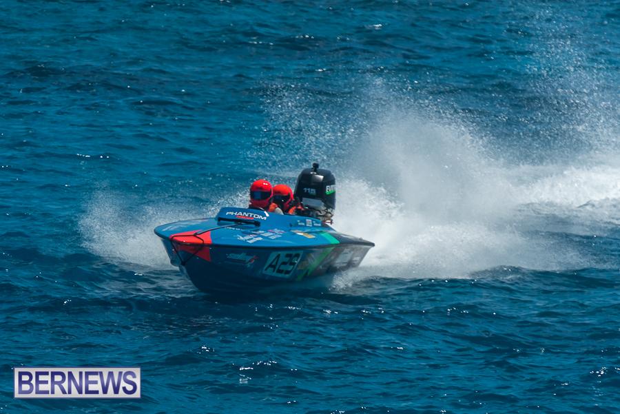 2021-Bermuda-Around-the-Island-power-boat-race-JM-7