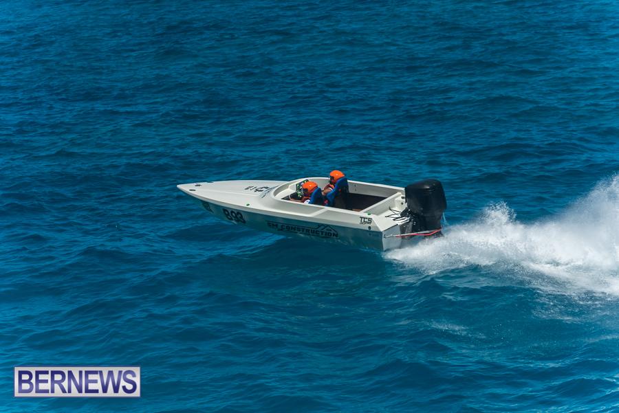 2021-Bermuda-Around-the-Island-power-boat-race-JM-70