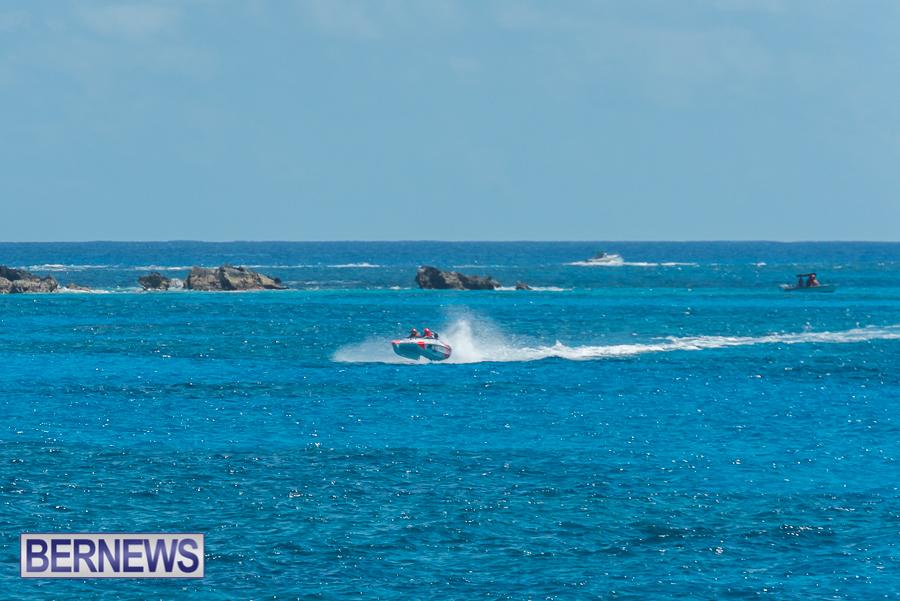 2021-Bermuda-Around-the-Island-power-boat-race-JM-71