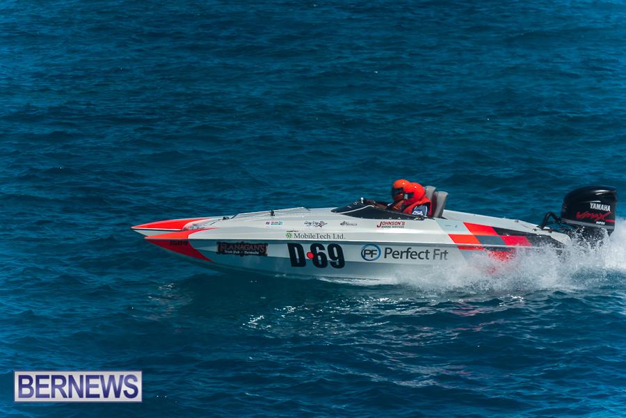 2021-Bermuda-Around-the-Island-power-boat-race-JM-79