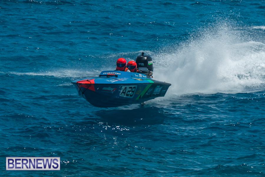 2021-Bermuda-Around-the-Island-power-boat-race-JM-8