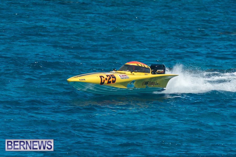 2021-Bermuda-Around-the-Island-power-boat-race-JM-90