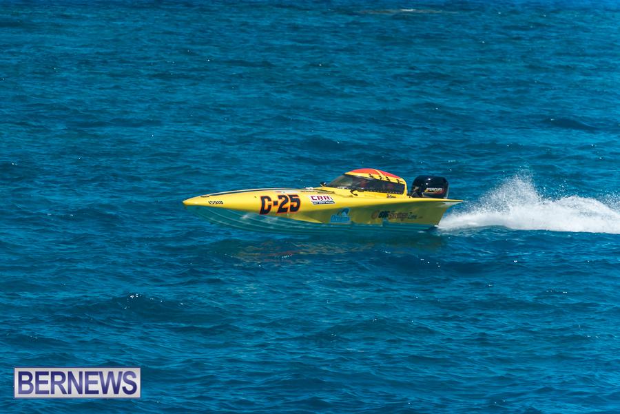 2021-Bermuda-Around-the-Island-power-boat-race-JM-92